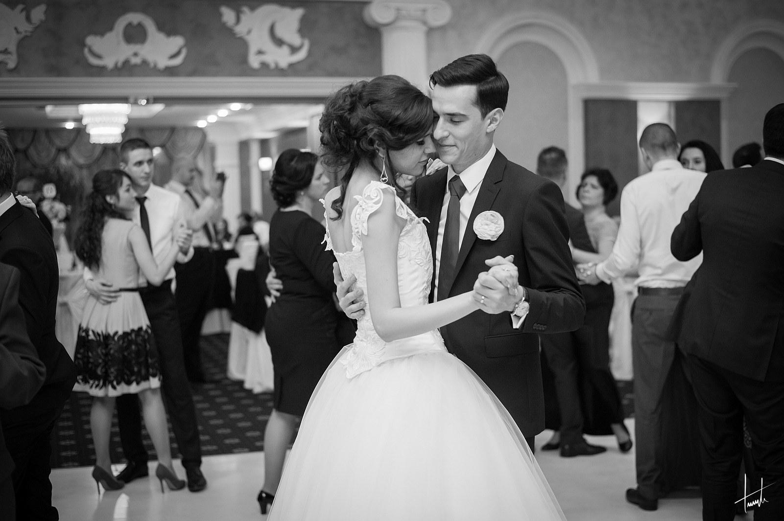 Victoria Ciprian - fotograf nunta Iasi - Bogdan Terente 10