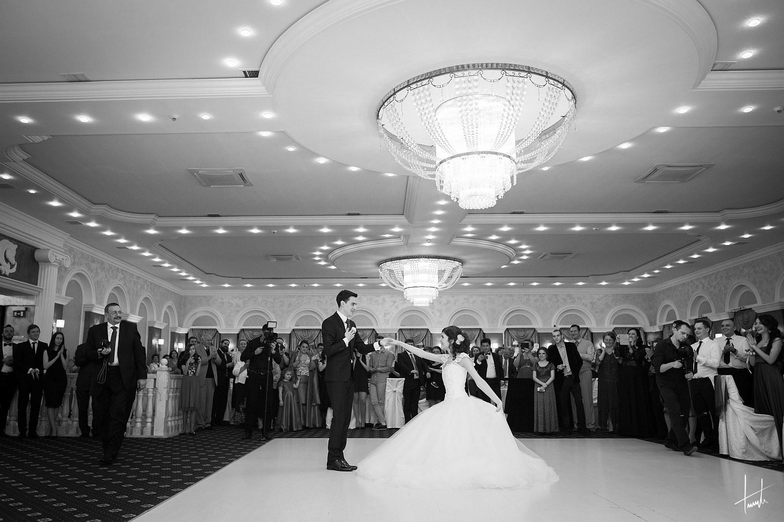 Victoria Ciprian - fotograf nunta Iasi - Bogdan Terente 11